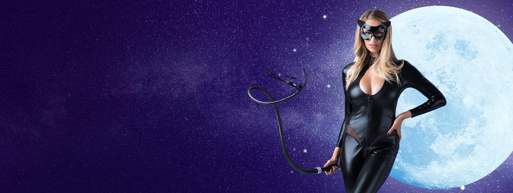 CAAN-Carousel-desktop---Catwoman_1