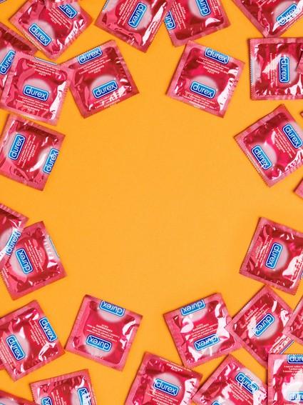 Condoms-nav-tile-900x1200