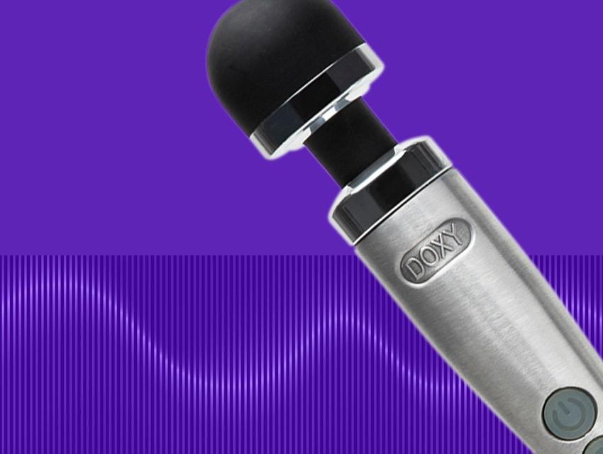 LL-DE-UP-30-Off-Top-Toys-Desktop-850x640-V2_1